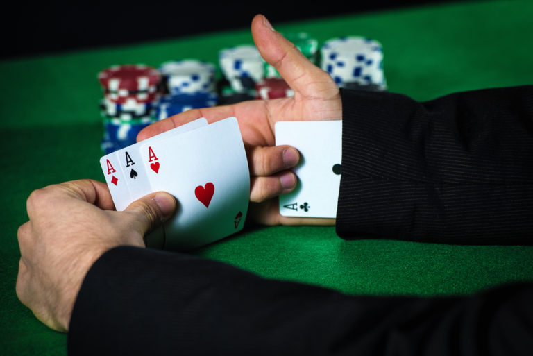 playing cards cheaters image